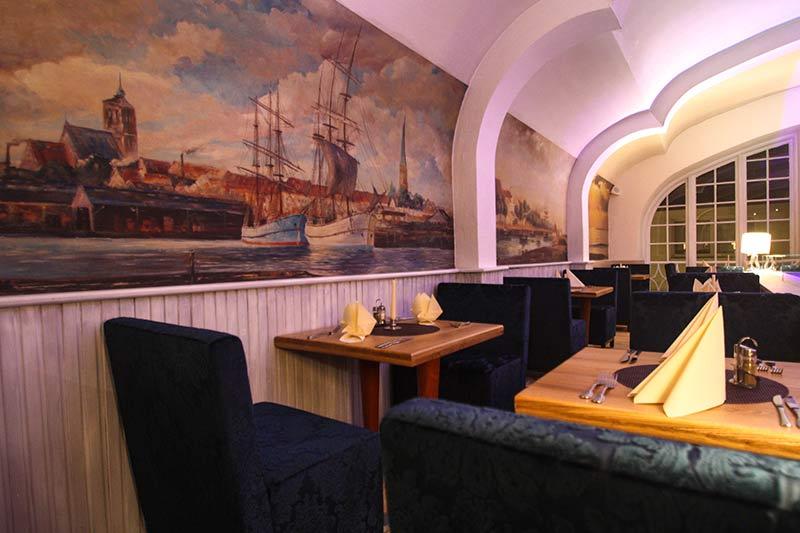 Steakhouse Garpunkt Obergeschoss mit Wandmalerei
