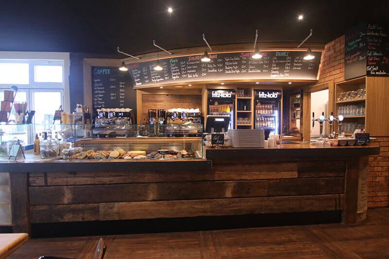 Mahlwerk coffee in rostock warnem nde gastro elements for Haus rustikal modern